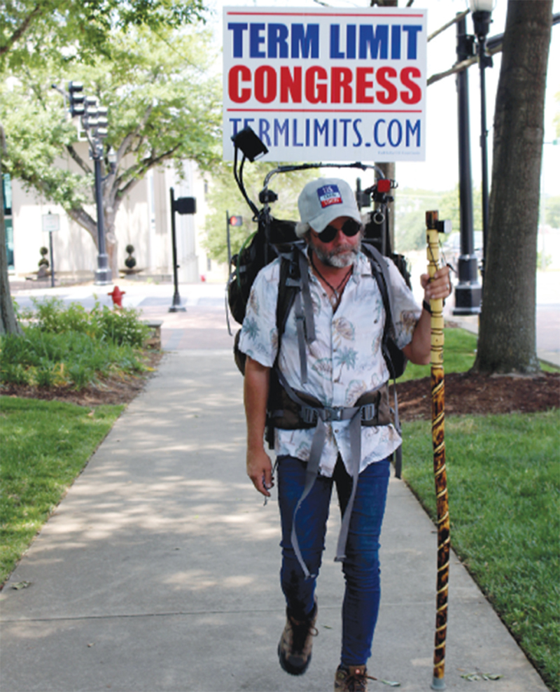 """Tim """"Izzy"""" Israel stops in Shelby while walking the country"""